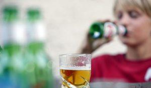Come Aiutare una Madre Alcolista