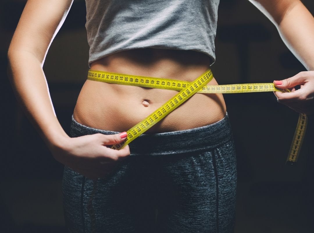 Ecco cosa dovresti sapere sui brucia grassi naturali